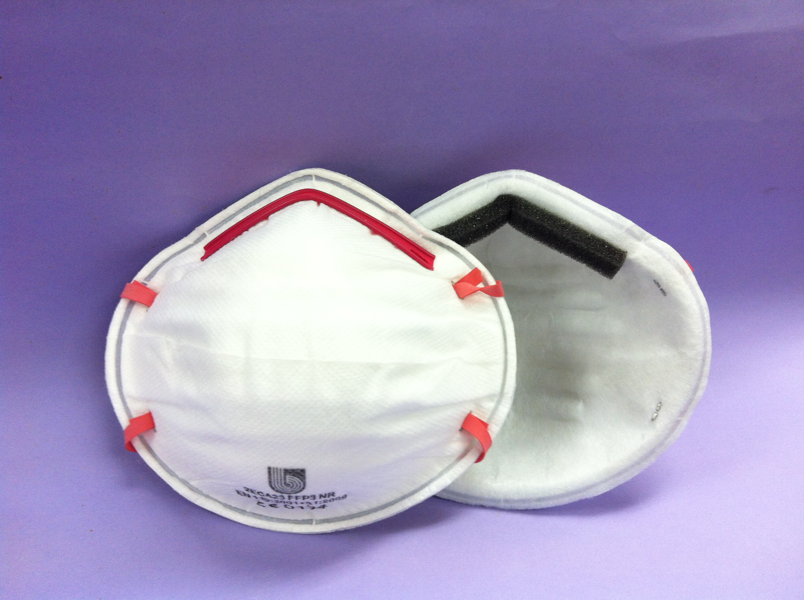 Conical particulate respirator